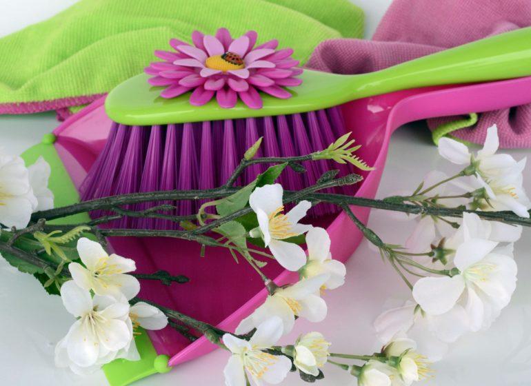 Как избавиться от запаха мочи в квартире